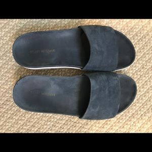 SW blue/grey suede cushioned slide sandals 6.0